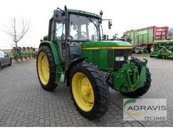 Tractor agricola John Deere 6410 A