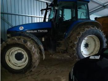 New Holland tm135 - tractor agricola
