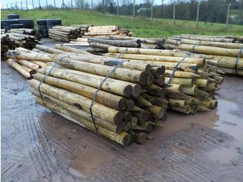 Bundle of Timber Posts (2 of) - maquinaria forestal